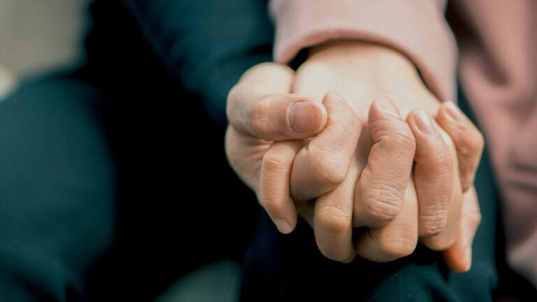 hand-hold